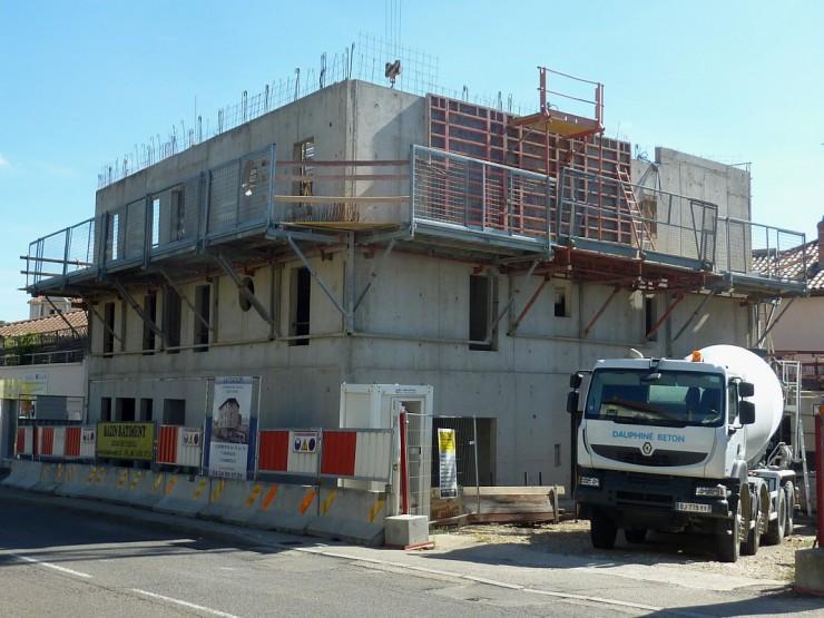 7 logements et 1 commerce - La Station - Vienne (38)