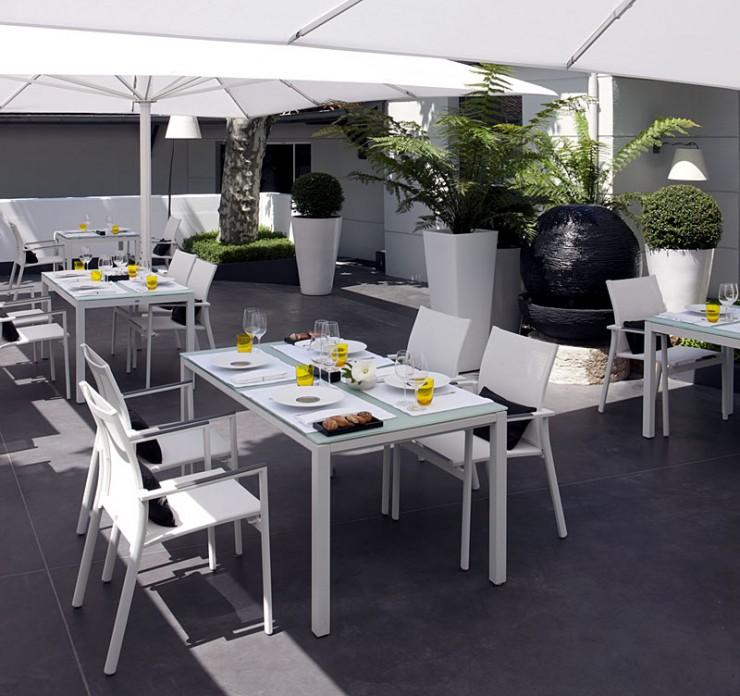 Terrasse extérieure, Restaurant La Pyramide - Vienne (38)
